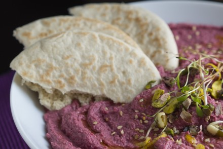 HUMMUS_ROSE_BETTERAVES_RECETTE_HOTPOPOTE